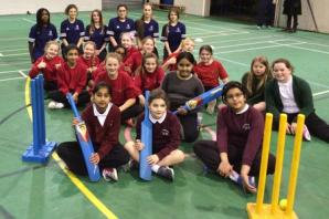 Sale CC looking to get more girls involved in cricket